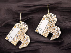 White and gold heart earrings